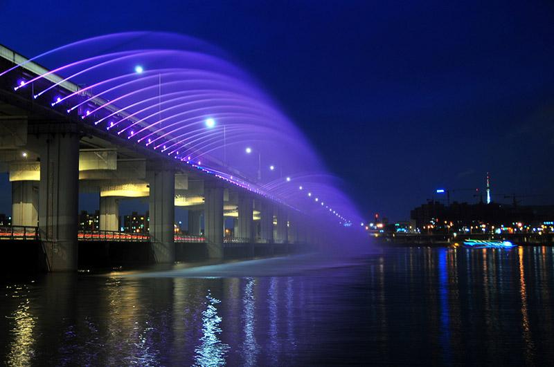 hanquocngaynay.info - Lịch phun nước cầu Banpo - Seoul